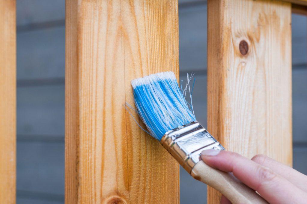 construire un clôture en bois